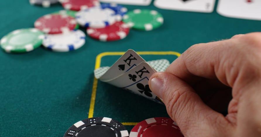 Strategi Poker Online