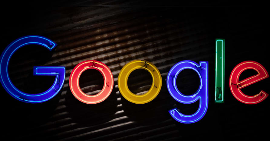 Google Play Store Akan Mendistribusikan Aplikasi Perjudian Uang Riil